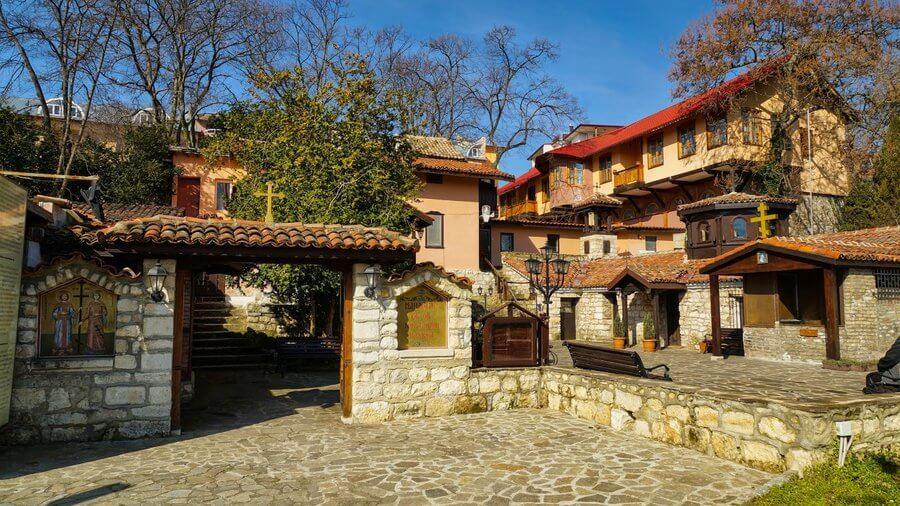 Манастирът Св. Св. Константин и Елена